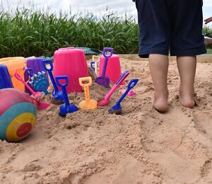 Fosseway Fun Farm Sand Play